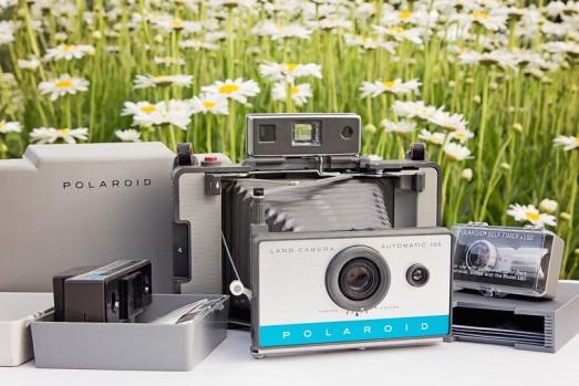 Polaroid Land Camera 135 & Step5 Polaroid Print Holder