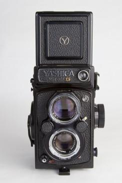 Yashica Mat-124 G (1970 - 1986)