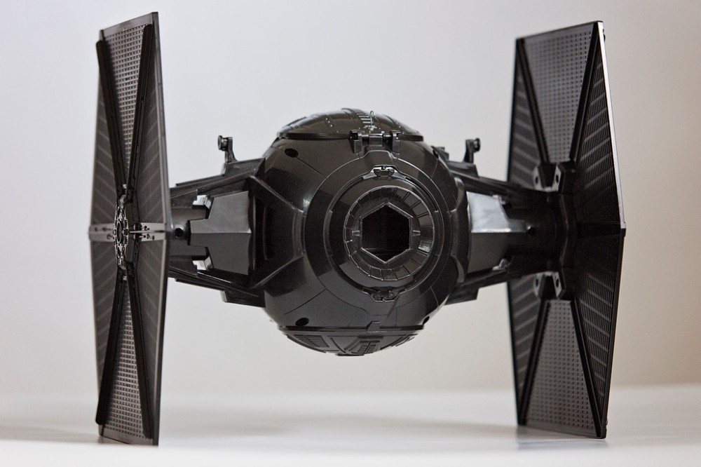 Star Wars - The Force Awakens - First Order Special Forces Tie Fighter Pinhole Camera - Rear View