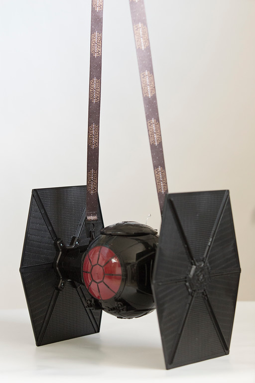 Star Wars - First Order Special Forces Tie Fighter Pinhole Camera - The Force Awakens