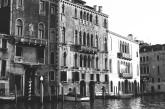Venice, Italy. Camera: Pentax K1000 (1976 - 1997). Film: Ilford Delta 100 Professional.