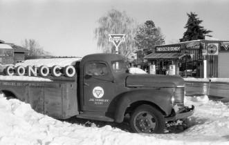 Conoco - Rexburg, ID. Konica Autoreflex TC (1976 - 1982).