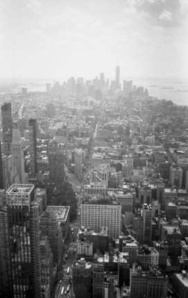 Downtown - Manhattan (Olympus XA - Kodak Tri-X 400)