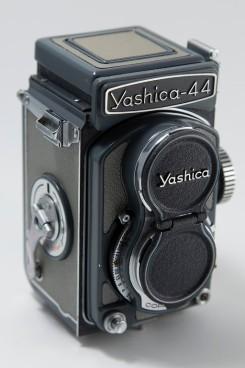 Yashica 44