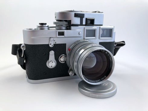 Leica M3 (1959) single stroke with Leica Meter MR and 50mm Summarit f/1.5 lens